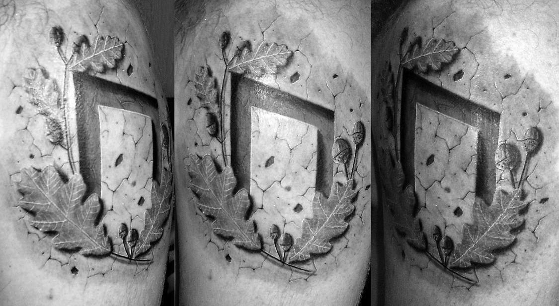 Татуировка с руной Уруз