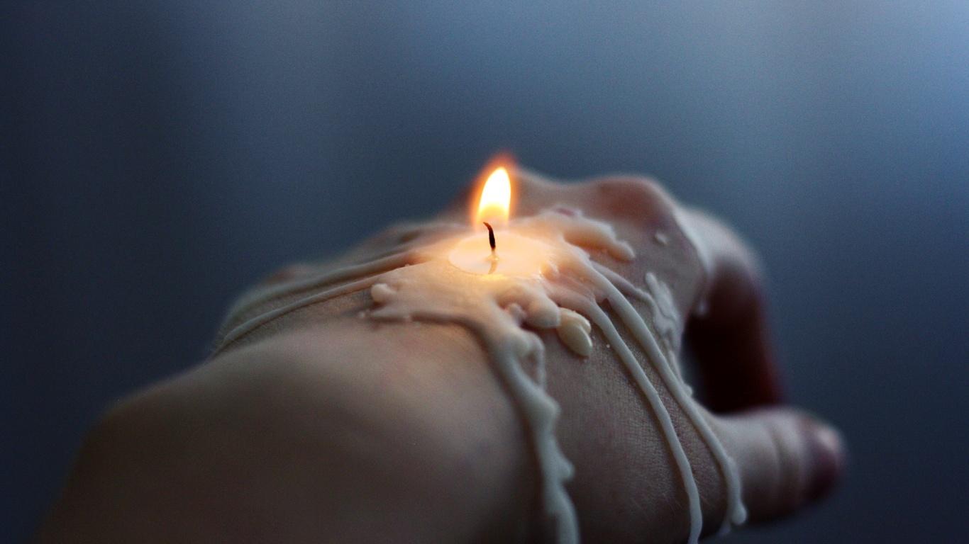 Чистка денежного канала на свече