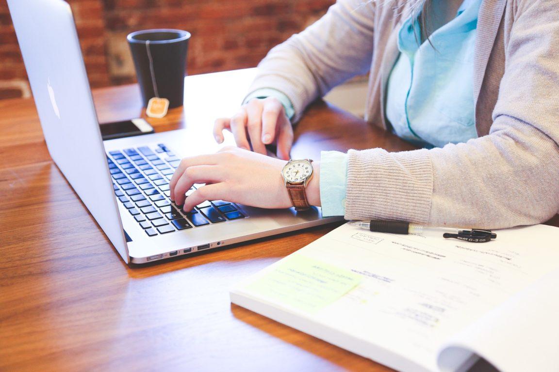 Толкование руны Мир на бизнес и работу