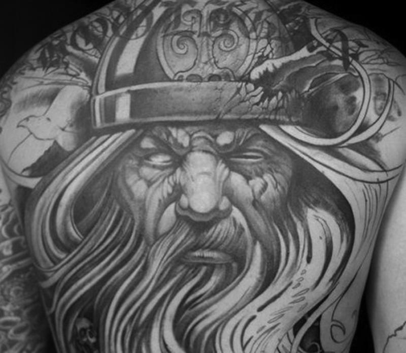 Татуировка с Одином